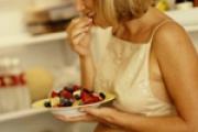 U trudnoći ne treba jesti za dvoje!